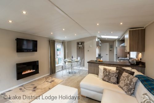 Upfront,up,front,reviews,accommodation,self,catering,rental,holiday,homes,cottages,feedback,information,genuine,trust,worthy,trustworthy,supercontrol,system,guests,customers,verified,exclusive,acorn lodge,lake district lodge holidays,windermere,,image,of,photo,picture,view