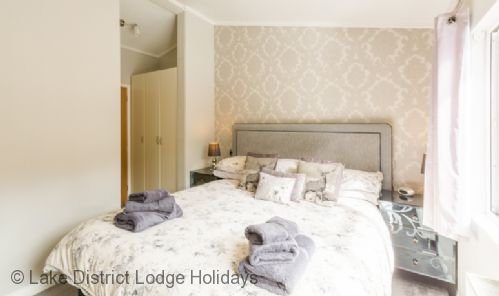 Upfront,up,front,reviews,accommodation,self,catering,rental,holiday,homes,cottages,feedback,information,genuine,trust,worthy,trustworthy,supercontrol,system,guests,customers,verified,exclusive,ghyll lodge,lake district lodge holidays,windermere,,image,of,photo,picture,view