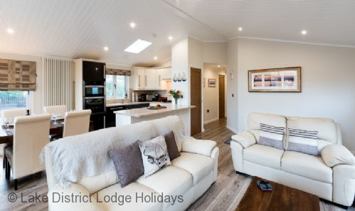 Upfront,up,front,reviews,accommodation,self,catering,rental,holiday,homes,cottages,feedback,information,genuine,trust,worthy,trustworthy,supercontrol,system,guests,customers,verified,exclusive,laughing duck lodge,lake district lodge holidays,windermere,,image,of,photo,picture,view