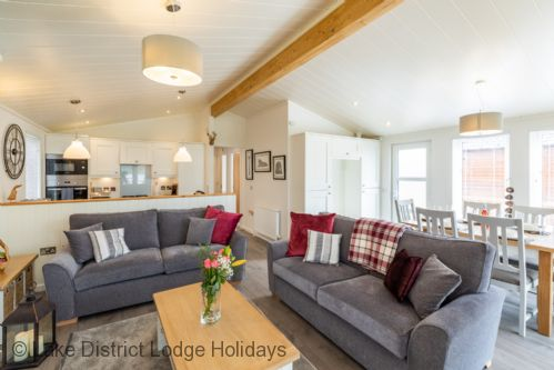 Upfront,up,front,reviews,accommodation,self,catering,rental,holiday,homes,cottages,feedback,information,genuine,trust,worthy,trustworthy,supercontrol,system,guests,customers,verified,exclusive,marina view lodge,lake district lodge holidays,windermere,,image,of,photo,picture,view