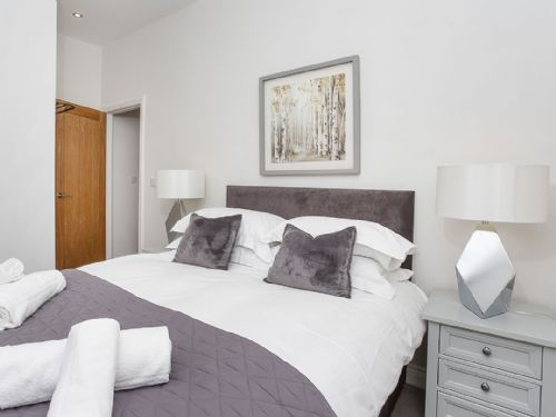 Upfront,up,front,reviews,accommodation,self,catering,rental,holiday,homes,cottages,feedback,information,genuine,trust,worthy,trustworthy,supercontrol,system,guests,customers,verified,exclusive,saxon house apartment 4,york boutique lets,york ,,image,of,photo,picture,view