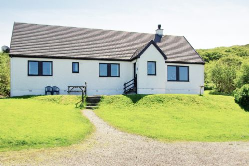 Upfront,up,front,reviews,accommodation,self,catering,rental,holiday,homes,cottages,feedback,information,genuine,trust,worthy,trustworthy,supercontrol,system,guests,customers,verified,exclusive,eilean feoir,ardnamurchan escapes ltd t/a steading holidays,portuairk,,image,of,photo,picture,view