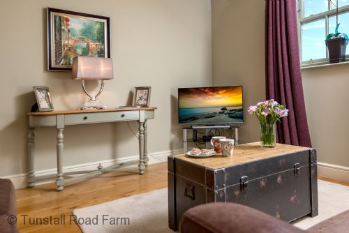 Upfront,up,front,reviews,accommodation,self,catering,rental,holiday,homes,cottages,feedback,information,genuine,trust,worthy,trustworthy,supercontrol,system,guests,customers,verified,exclusive,galloway house,tunstall road farm,catterick,,image,of,photo,picture,view
