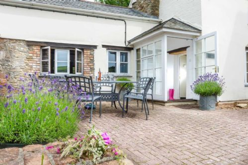 Upfront,up,front,reviews,accommodation,self,catering,rental,holiday,homes,cottages,feedback,information,genuine,trust,worthy,trustworthy,supercontrol,system,guests,customers,verified,exclusive,the old farmhouse,coulscott house,combe martin,,image,of,photo,picture,view