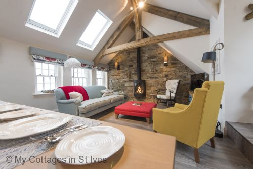 Upfront,up,front,reviews,accommodation,self,catering,rental,holiday,homes,cottages,feedback,information,genuine,trust,worthy,trustworthy,supercontrol,system,guests,customers,verified,exclusive,iris,my cottages in st ives,st. ives,,image,of,photo,picture,view