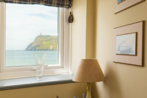 Upfront,up,front,reviews,accommodation,self,catering,rental,holiday,homes,cottages,feedback,information,genuine,trust,worthy,trustworthy,supercontrol,system,guests,customers,verified,exclusive,surfside,island escapes,port erin, isle of man,,image,of,photo,picture,view