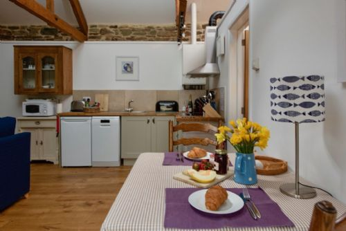 Upfront,up,front,reviews,accommodation,self,catering,rental,holiday,homes,cottages,feedback,information,genuine,trust,worthy,trustworthy,supercontrol,system,guests,customers,verified,exclusive,shippon,tredarrup farm holiday cottages,bodmin,,image,of,photo,picture,view