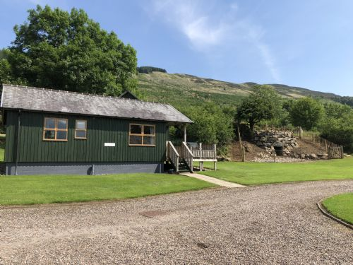 Upfront,up,front,reviews,accommodation,self,catering,rental,holiday,homes,cottages,feedback,information,genuine,trust,worthy,trustworthy,supercontrol,system,guests,customers,verified,exclusive,linnie lodge,bracken lodges,aberfeldy,,image,of,photo,picture,view