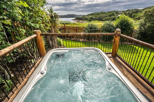Upfront,up,front,reviews,accommodation,self,catering,rental,holiday,homes,cottages,feedback,information,genuine,trust,worthy,trustworthy,supercontrol,system,guests,customers,verified,exclusive,mountview cottage,mountview lochinver,lochinver,,image,of,photo,picture,view