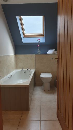 Upfront,up,front,reviews,accommodation,self,catering,rental,holiday,homes,cottages,feedback,information,genuine,trust,worthy,trustworthy,supercontrol,system,guests,customers,verified,exclusive,hayloft house,old farm holiday cottages,chirnside,,,image,of,photo,picture,view