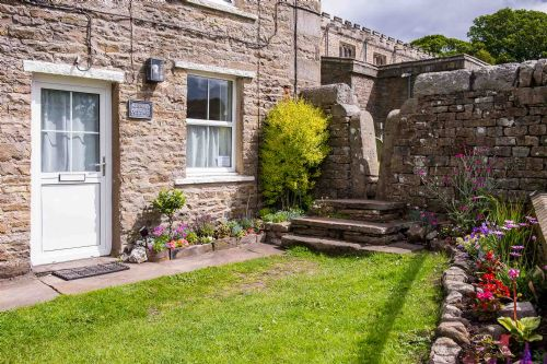 Upfront,up,front,reviews,accommodation,self,catering,rental,holiday,homes,cottages,feedback,information,genuine,trust,worthy,trustworthy,supercontrol,system,guests,customers,verified,exclusive,minnie's cottage,askrigg cottage holidays,askrigg,,image,of,photo,picture,view