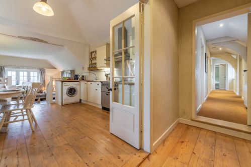 Upfront,up,front,reviews,accommodation,self,catering,rental,holiday,homes,cottages,feedback,information,genuine,trust,worthy,trustworthy,supercontrol,system,guests,customers,verified,exclusive,barhams cartlodge,idyllic suffolk,colchester,,image,of,photo,picture,view