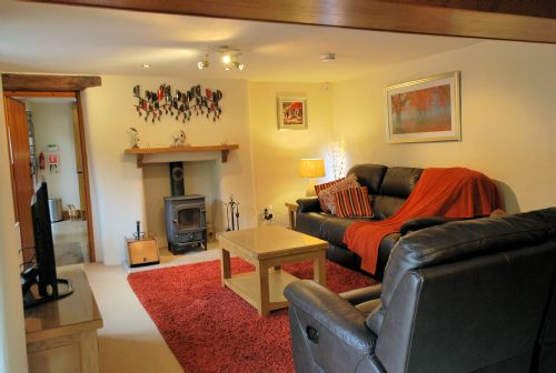 Upfront,up,front,reviews,accommodation,self,catering,rental,holiday,homes,cottages,feedback,information,genuine,trust,worthy,trustworthy,supercontrol,system,guests,customers,verified,exclusive,rollen cottage,rollen cottage,arnside,,image,of,photo,picture,view