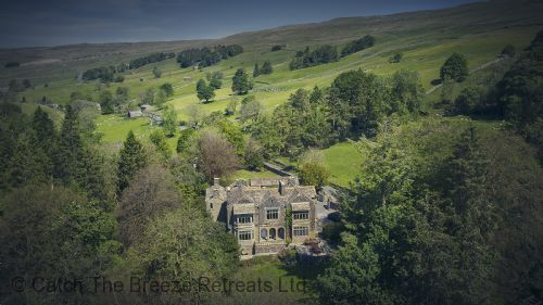 Upfront,up,front,reviews,accommodation,self,catering,rental,holiday,homes,cottages,feedback,information,genuine,trust,worthy,trustworthy,supercontrol,system,guests,customers,verified,exclusive,oughtershaw hall,catch the breeze retreats ltd,buckden, skipton,,image,of,photo,picture,view