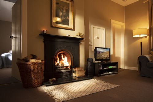 Upfront,up,front,reviews,accommodation,self,catering,rental,holiday,homes,cottages,feedback,information,genuine,trust,worthy,trustworthy,supercontrol,system,guests,customers,verified,exclusive,chestnut cottage,arniston estate,gorebridge,,image,of,photo,picture,view