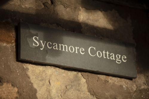 Upfront,up,front,reviews,accommodation,self,catering,rental,holiday,homes,cottages,feedback,information,genuine,trust,worthy,trustworthy,supercontrol,system,guests,customers,verified,exclusive,sycamore cottage,arniston estate,gorebridge,,image,of,photo,picture,view