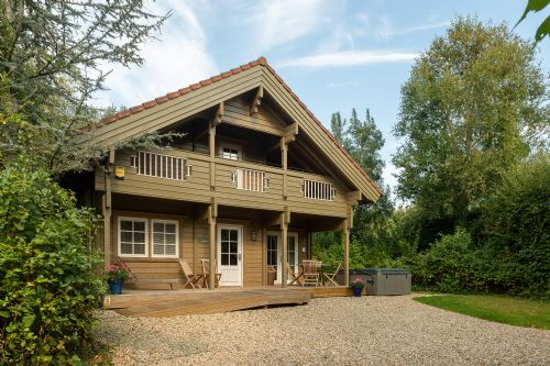 Upfront,up,front,reviews,accommodation,self,catering,rental,holiday,homes,cottages,feedback,information,genuine,trust,worthy,trustworthy,supercontrol,system,guests,customers,verified,exclusive,kingfisher lodge,mill meadow,kingston st mary,,image,of,photo,picture,view