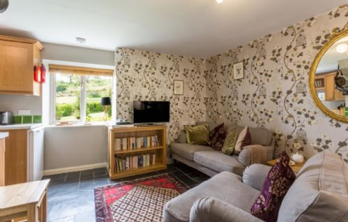 Upfront,up,front,reviews,accommodation,self,catering,rental,holiday,homes,cottages,feedback,information,genuine,trust,worthy,trustworthy,supercontrol,system,guests,customers,verified,exclusive,bantam cottage,coulscott house,combe martin,,image,of,photo,picture,view