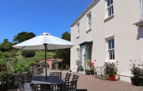 Upfront,up,front,reviews,accommodation,self,catering,rental,holiday,homes,cottages,feedback,information,genuine,trust,worthy,trustworthy,supercontrol,system,guests,customers,verified,exclusive,the georgian house,coulscott house,combe martin,,image,of,photo,picture,view