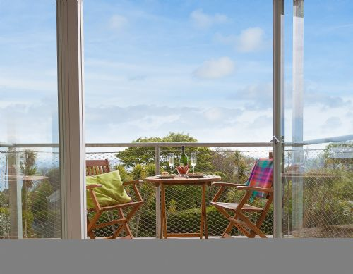 Upfront,up,front,reviews,accommodation,self,catering,rental,holiday,homes,cottages,feedback,information,genuine,trust,worthy,trustworthy,supercontrol,system,guests,customers,verified,exclusive,north four,cherished cottages ltd,st ives,,image,of,photo,picture,view