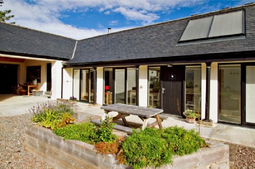 Upfront,up,front,reviews,accommodation,self,catering,rental,holiday,homes,cottages,feedback,information,genuine,trust,worthy,trustworthy,supercontrol,system,guests,customers,verified,exclusive,corrimony cottage,gask house farm holidays,inverness,,image,of,photo,picture,view