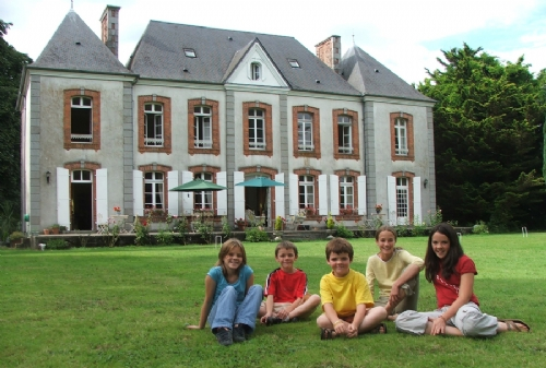 Baby Friendly Holidays at Le Castel- The Roi suite
