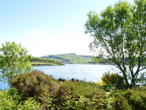 Upfront,up,front,reviews,accommodation,self,catering,rental,holiday,homes,cottages,feedback,information,genuine,trust,worthy,trustworthy,supercontrol,system,guests,customers,verified,exclusive,hh4 - seal,sunnybrae caravan park,oban,,image,of,photo,picture,view