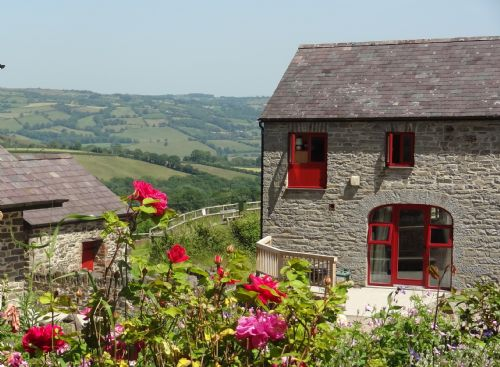 Upfront,up,front,reviews,accommodation,self,catering,rental,holiday,homes,cottages,feedback,information,genuine,trust,worthy,trustworthy,supercontrol,system,guests,customers,verified,exclusive,the old cart house,treberfedd farm,lampeter,,image,of,photo,picture,view
