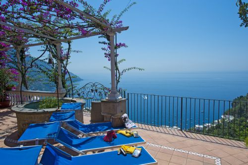 Upfront,up,front,reviews,accommodation,self,catering,rental,holiday,homes,cottages,feedback,information,genuine,trust,worthy,trustworthy,supercontrol,system,guests,customers,verified,exclusive,casa gemma,my rental homes,positano,,image,of,photo,picture,view