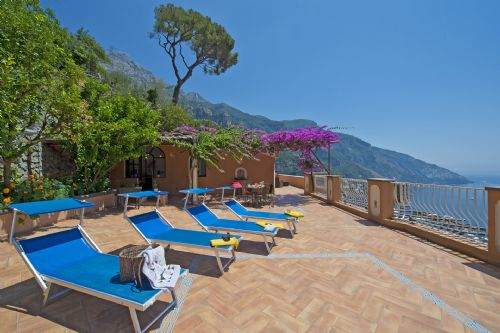 Upfront,up,front,reviews,accommodation,self,catering,rental,holiday,homes,cottages,feedback,information,genuine,trust,worthy,trustworthy,supercontrol,system,guests,customers,verified,exclusive,casa gioia,my rental homes,positano,,image,of,photo,picture,view