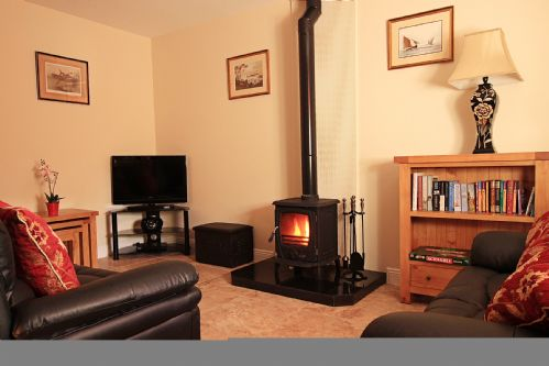 Court Yard House, Rosegarland Estate, Wellingtonbridge, Co.Wexford - 2 Bed - Sleeps 3