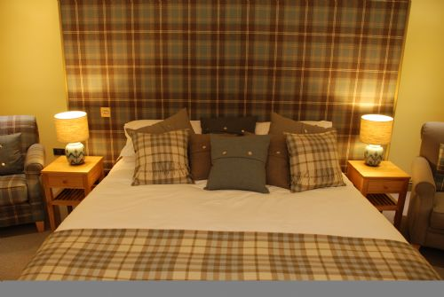 Upfront,up,front,reviews,accommodation,self,catering,rental,holiday,homes,cottages,feedback,information,genuine,trust,worthy,trustworthy,supercontrol,system,guests,customers,verified,exclusive,caladh,highland club direct,fort augustus,,image,of,photo,picture,view