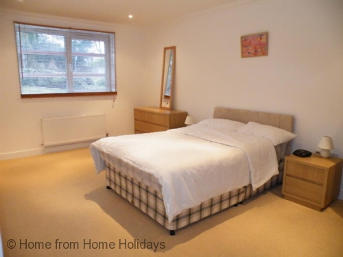 Upfront,up,front,reviews,accommodation,self,catering,rental,holiday,homes,cottages,feedback,information,genuine,trust,worthy,trustworthy,supercontrol,system,guests,customers,verified,exclusive,the reach ,home from home holidays,shanklin ,,image,of,photo,picture,view