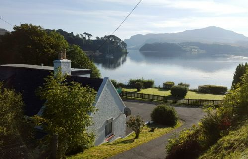 Upfront,up,front,reviews,accommodation,self,catering,rental,holiday,homes,cottages,feedback,information,genuine,trust,worthy,trustworthy,supercontrol,system,guests,customers,verified,exclusive,tarradale cottage,islands and highlands cottages,portree,,image,of,photo,picture,view