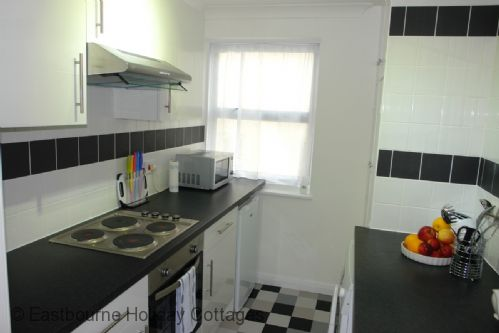 Upfront,up,front,reviews,accommodation,self,catering,rental,holiday,homes,cottages,feedback,information,genuine,trust,worthy,trustworthy,supercontrol,system,guests,customers,verified,exclusive,bayview apartment,eastbourne holiday cottages,eastbourne,,image,of,photo,picture,view
