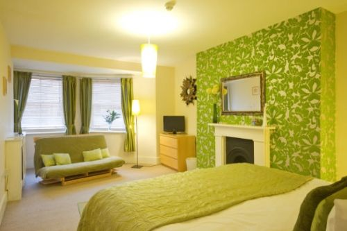 Baby Friendly Holidays at Guesthouse East- Suite 6