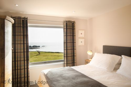 Upfront,up,front,reviews,accommodation,self,catering,rental,holiday,homes,cottages,feedback,information,genuine,trust,worthy,trustworthy,supercontrol,system,guests,customers,verified,exclusive,shingle lodge,knockinaam lodge,stranraer,,image,of,photo,picture,view