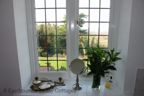 Upfront,up,front,reviews,accommodation,self,catering,rental,holiday,homes,cottages,feedback,information,genuine,trust,worthy,trustworthy,supercontrol,system,guests,customers,verified,exclusive,little friston,eastbourne holiday cottages,eastbourne,,image,of,photo,picture,view