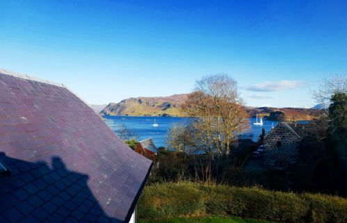 Upfront,up,front,reviews,accommodation,self,catering,rental,holiday,homes,cottages,feedback,information,genuine,trust,worthy,trustworthy,supercontrol,system,guests,customers,verified,exclusive,alderburn house,islands and highlands cottages,portree,,image,of,photo,picture,view