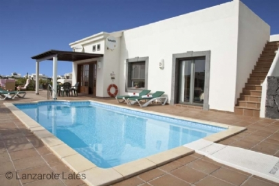 Super poolside and terrace space, room to stretch your legs out