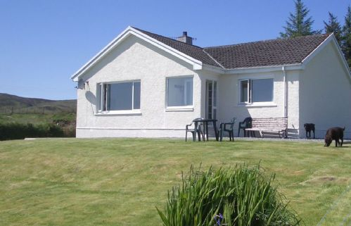 Upfront,up,front,reviews,accommodation,self,catering,rental,holiday,homes,cottages,feedback,information,genuine,trust,worthy,trustworthy,supercontrol,system,guests,customers,verified,exclusive,four winds,islands and highlands cottages,teangue,,image,of,photo,picture,view