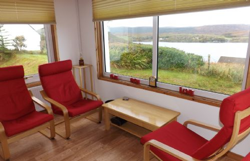 Upfront,up,front,reviews,accommodation,self,catering,rental,holiday,homes,cottages,feedback,information,genuine,trust,worthy,trustworthy,supercontrol,system,guests,customers,verified,exclusive,8 kildonan,islands and highlands cottages,kildonan,,image,of,photo,picture,view