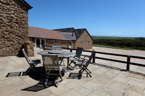 Upfront,up,front,reviews,accommodation,self,catering,rental,holiday,homes,cottages,feedback,information,genuine,trust,worthy,trustworthy,supercontrol,system,guests,customers,verified,exclusive,clayhanger lodge,luxury dorset cottages,abbotsbury,,image,of,photo,picture,view
