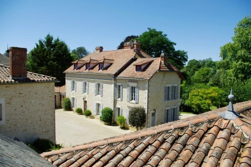 Baby Friendly Holidays at Manoir du Moulin - Gardenia Suite