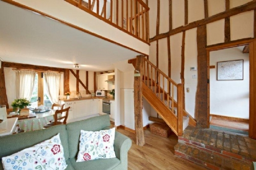 Baby Friendly Holidays at Gladwins Farm - Lavenham