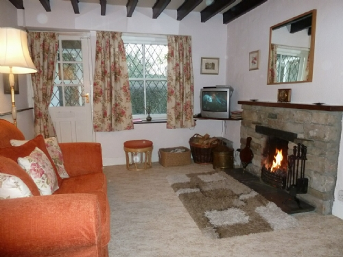DAMSON COTTAGE, Witherslack, South Lakes