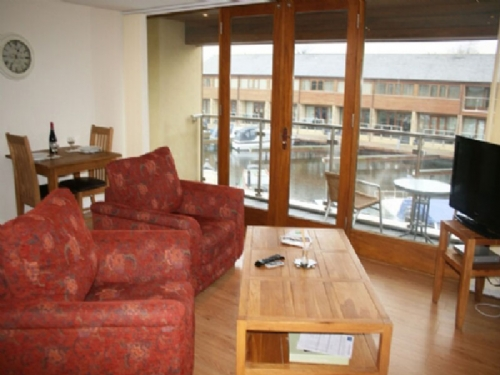MARINA APARTMENT, 1 bedroomed, Carnforth, Lancashire Cumbria Border