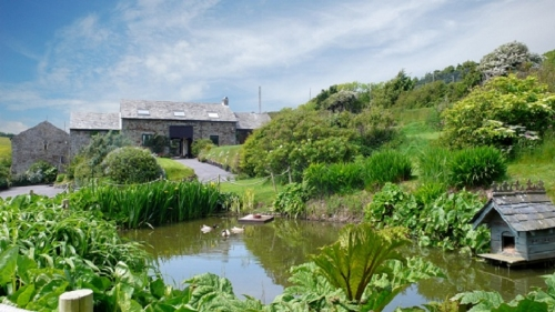 Baby Friendly Holidays at Southole Barns - Week St Mary Barn