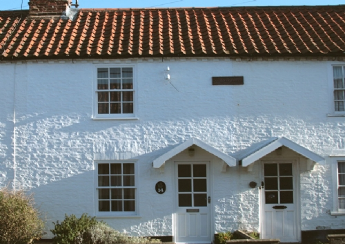 Barn Owl Cottage is a traditional terraced holiday cottage close to the Quay in Wells-next-the-Sea Norfolk