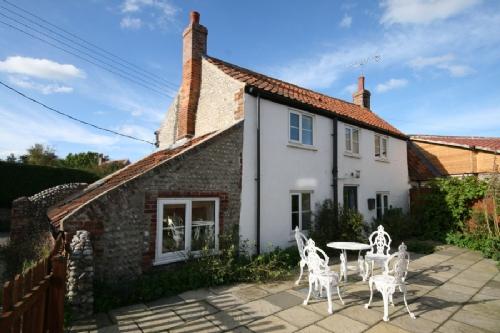 Corner Cottage, Salthouse, period traditional cottage, stunning views across salt marshes, on the North Norfolk coast.